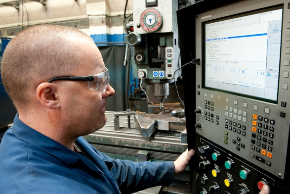 Full CNC milling capability with the latest Heidenhain controls